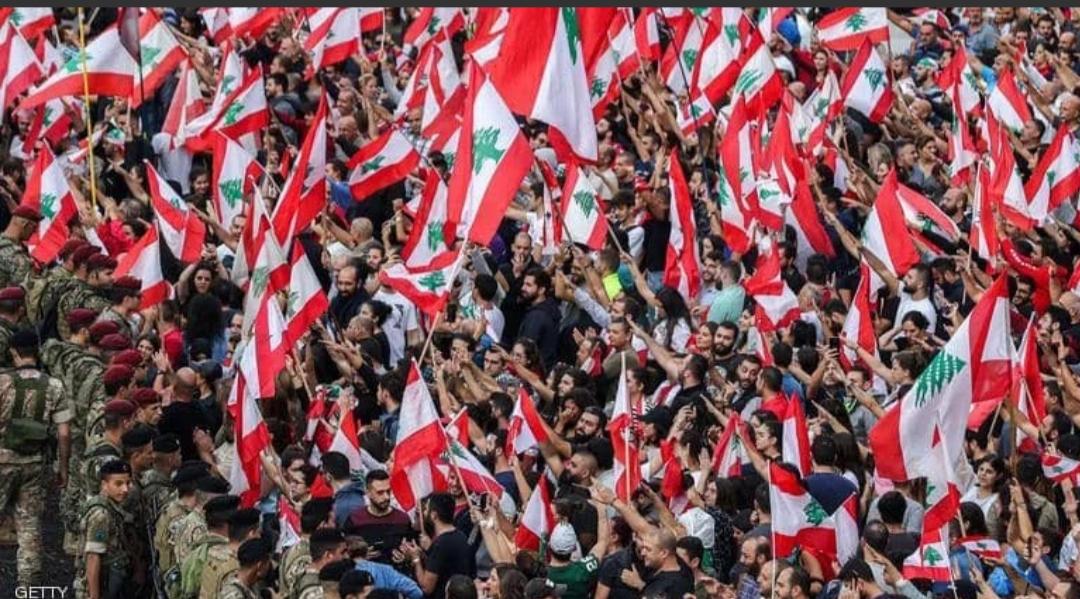 ما هي خطوات لبنان التالية تحت وطأة الاحتجاجات؟