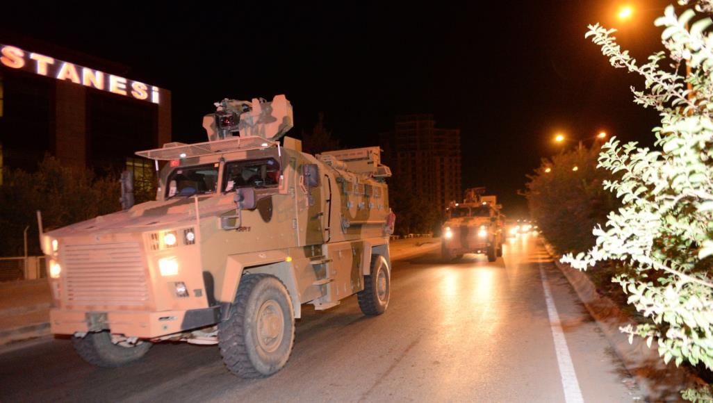 مسؤولان: الجيش التركي يقصف الحدود السورية-العراقية لقطع خطوط الإمداد