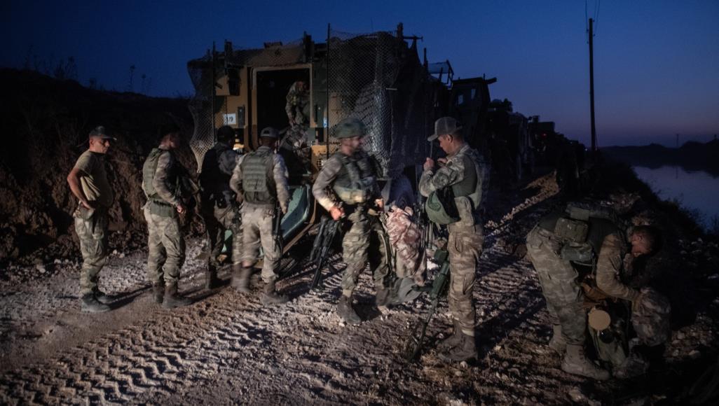 معاريف: نتنياهو يندّد بغزو تركيا الأراضي السورية