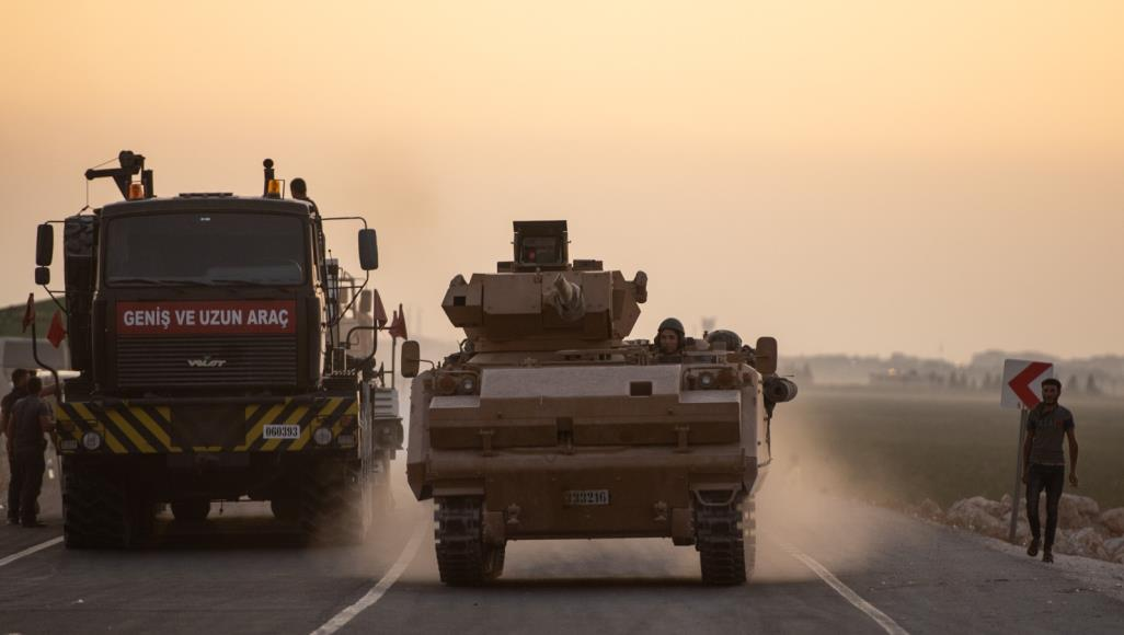 قتال على طول الحدود مع استمرار الحملة التركية في شمال سوريا