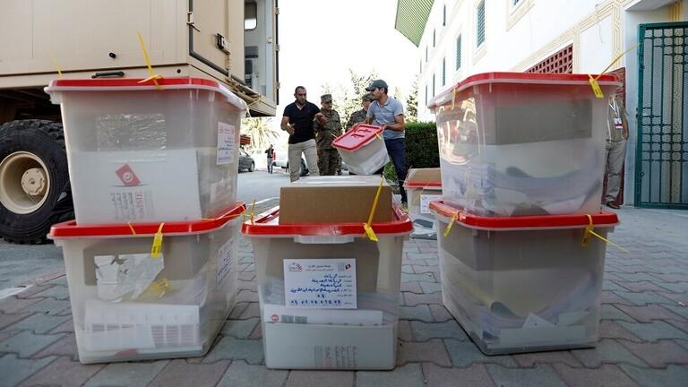 إغلاق مكاتب الاقتراع في الانتخابات التشريعية في تونس