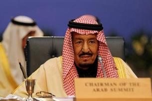 وكالة: العاهل السعودي يوافق على نشر قوات أمريكية
