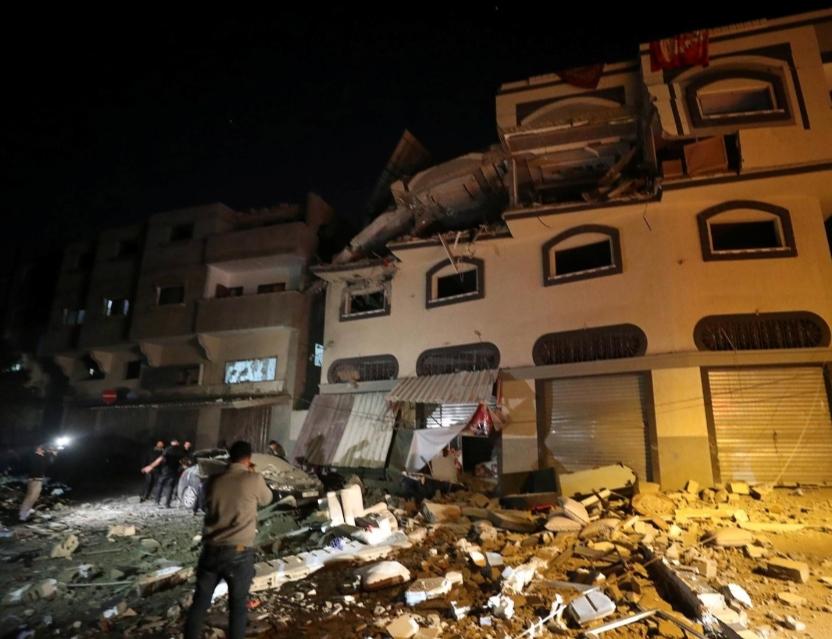 إسرائيل تقتل قائدا ميدانيا للجهاد الإسلامي وإطلاق صواريخ من غزة