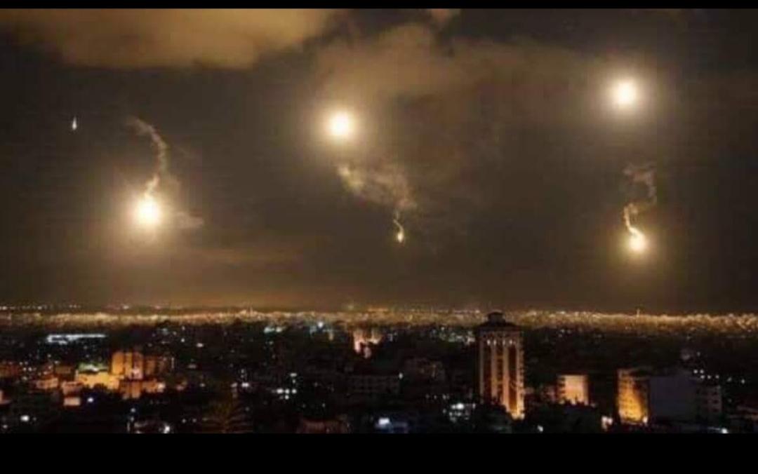 سوريا تقول إن مدنيين قُتلا وأصيب آخرون في هجوم إسرائيلي على دمشق
