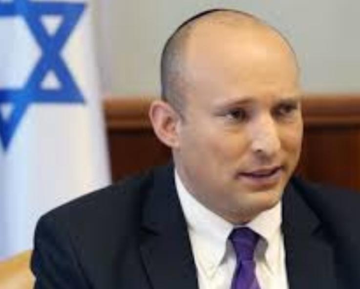 """بينت يوعز إلى الجيش الإسرائيلي بوقف تسليم جثامين فلسطينيين ارتكبوا عمليات """"إرهابية"""" إلى ذويهم"""