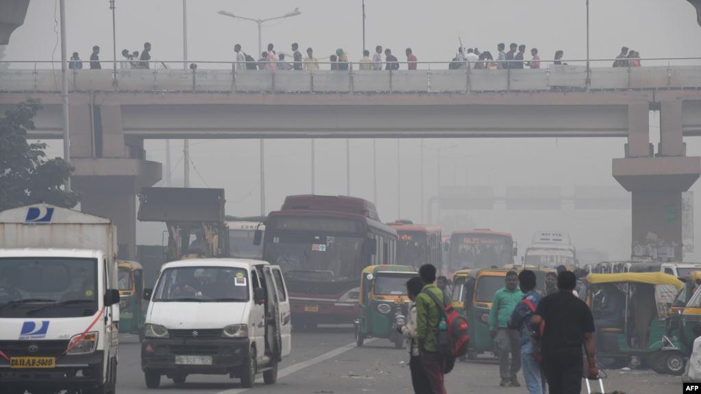 هبات النسيم تخفف التلوث بعض الشيء في العاصمة الهندية