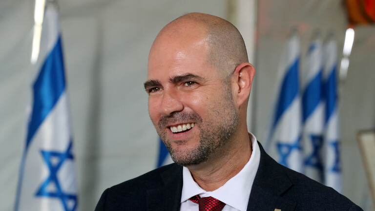 وزير العدل الإسرائيلي يوقّع مذكرة تسليم هاكر روسي للولايات المتحدة
