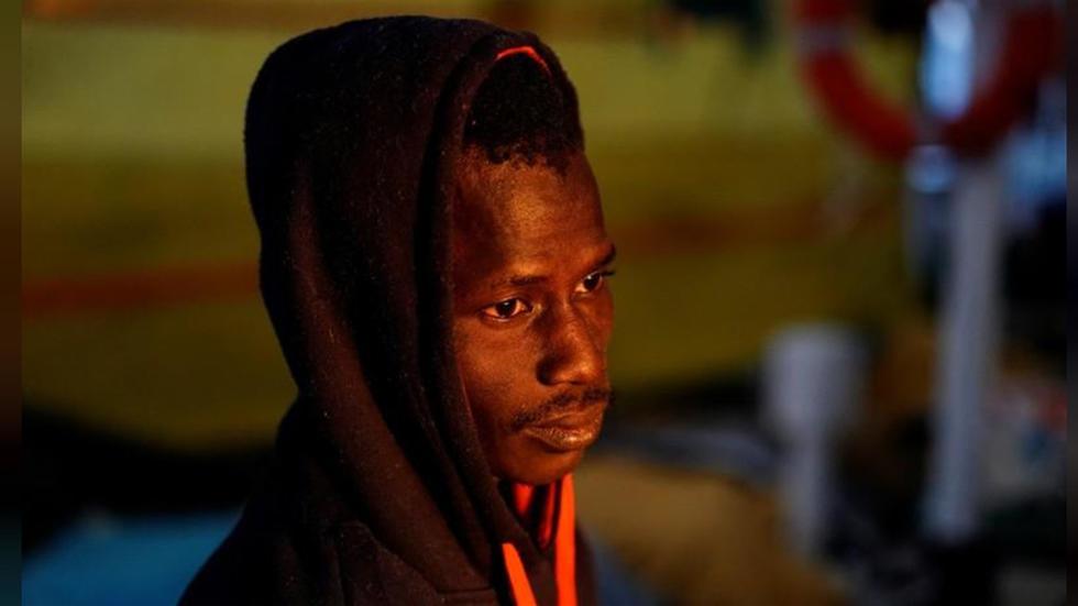 مهاجر أفريقي بعد إنقاذه: الموت في البحر أفضل من العودة إلى ليبيا
