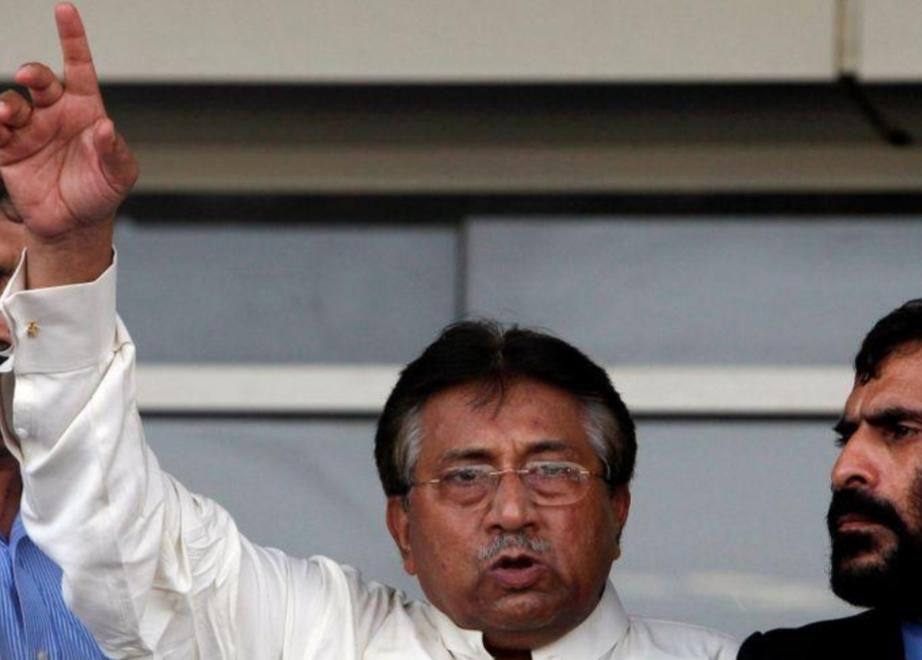 محكمة باكستانية تقضى غيابيا بإعدام مشرف