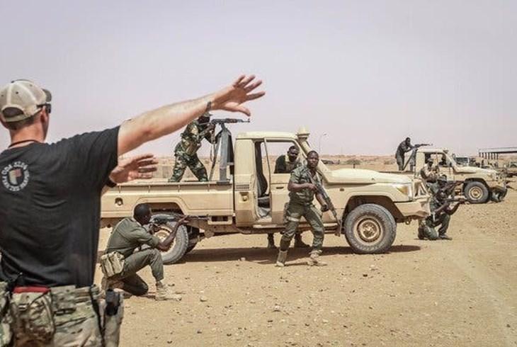 البنتاغون يدرس سحب قواته من إفريقيا وتقليصها في العراق وأفغانستان