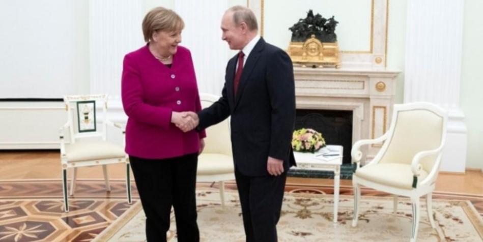 بوتين يقول حان الوقت لإجراء محادثات السلام الليبية في برلين