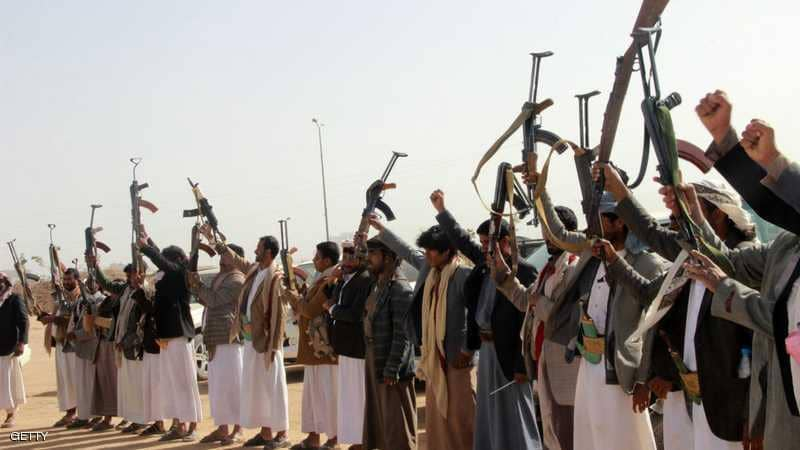 الإخبارية السعودية: مقتل 40 في هجوم للحوثيين على معسكر في مأرب باليمن
