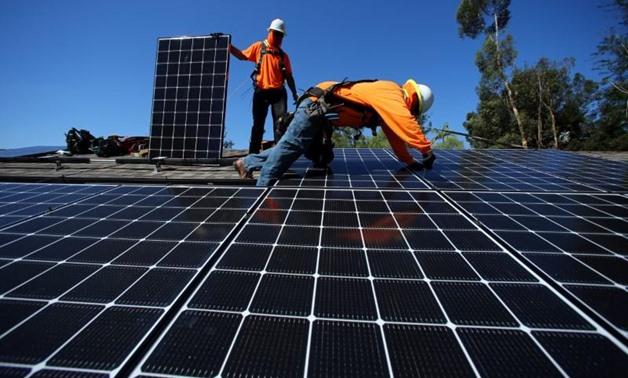 مزرعة شمسية عملاقة تمثل قفزة للطاقة المتجددة في مصر