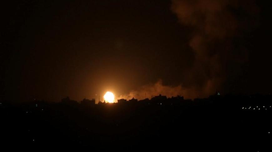 إعلام رسمي: الدفاعات الجوية السورية تعترض صواريخ في محافظة حماة