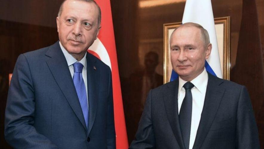 الكرملين يتجاهل فكرة عقد لقاء بين بوتين وأردوغان لبحث الوضع في إدلب