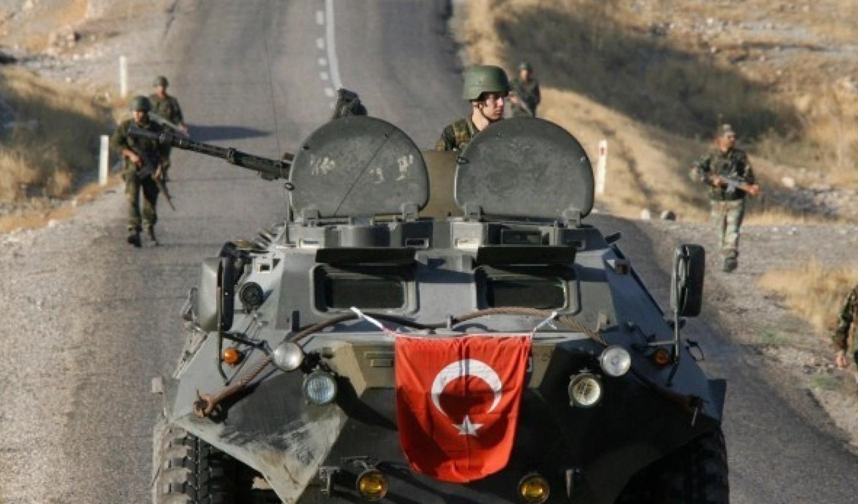 وزارة الدفاع التركية : قنبلة تقتل ما لا يقل عن 40 مدنيا في عفرين بشمال سوريا
