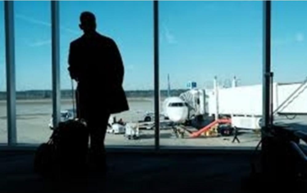 """""""واشنطن بوست"""": نزاع بين شركات الطيران والإدارة الأميركية حول تعقب المسافرين بشأن """"كورونا"""""""