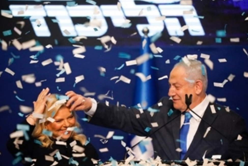 نتنياهو وغانتس يتجاوزان مهلة الاتفاق على حكومة وحدة