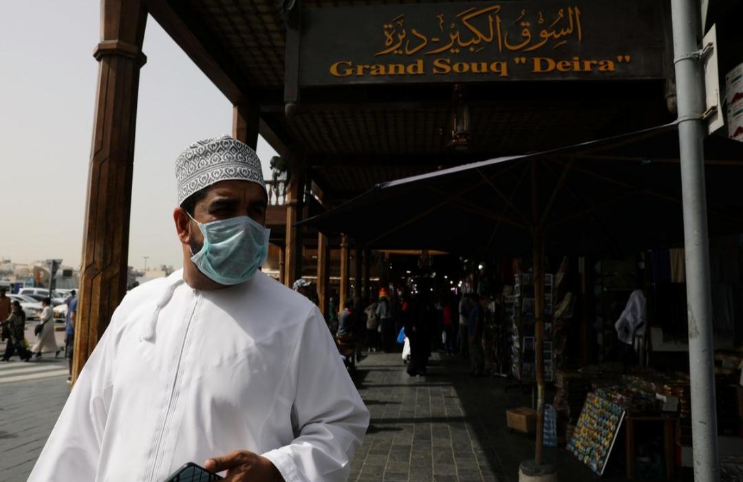 الإمارات تمنع دخول الأجانب بسبب فيروس كورونا