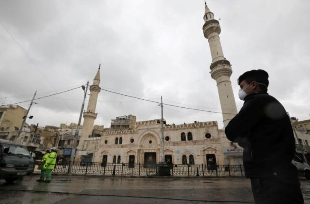 الحكومة الأردنية تعلن حظر التجول اعتبارا من السبت لاحتواء كورونا