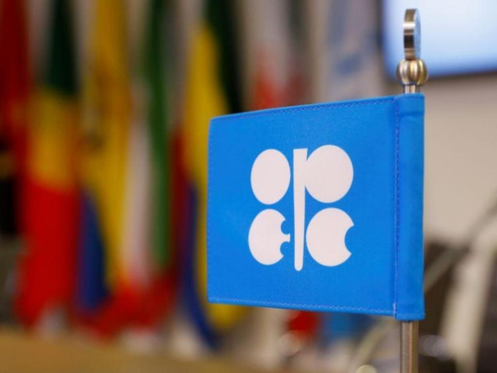 مصدر بأوبك: بعض وزراء أوبك يناقشون تنفيذا فوريا لاتفاق تخفيضات النفط