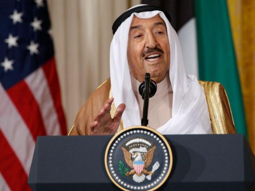 الكويت تبدأ إجلاء مواطنيها من الخارج والأمير يطالبهم بالالتزام بالتعليمات الصحية