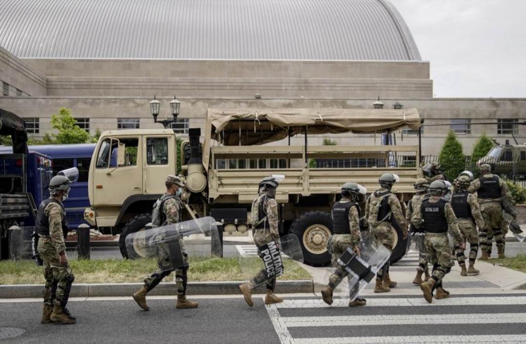 """""""واشنطن بوست"""": البنتاغون يحبط محاولة ترامب توريط الجيش في قمع الاحتجاجات"""