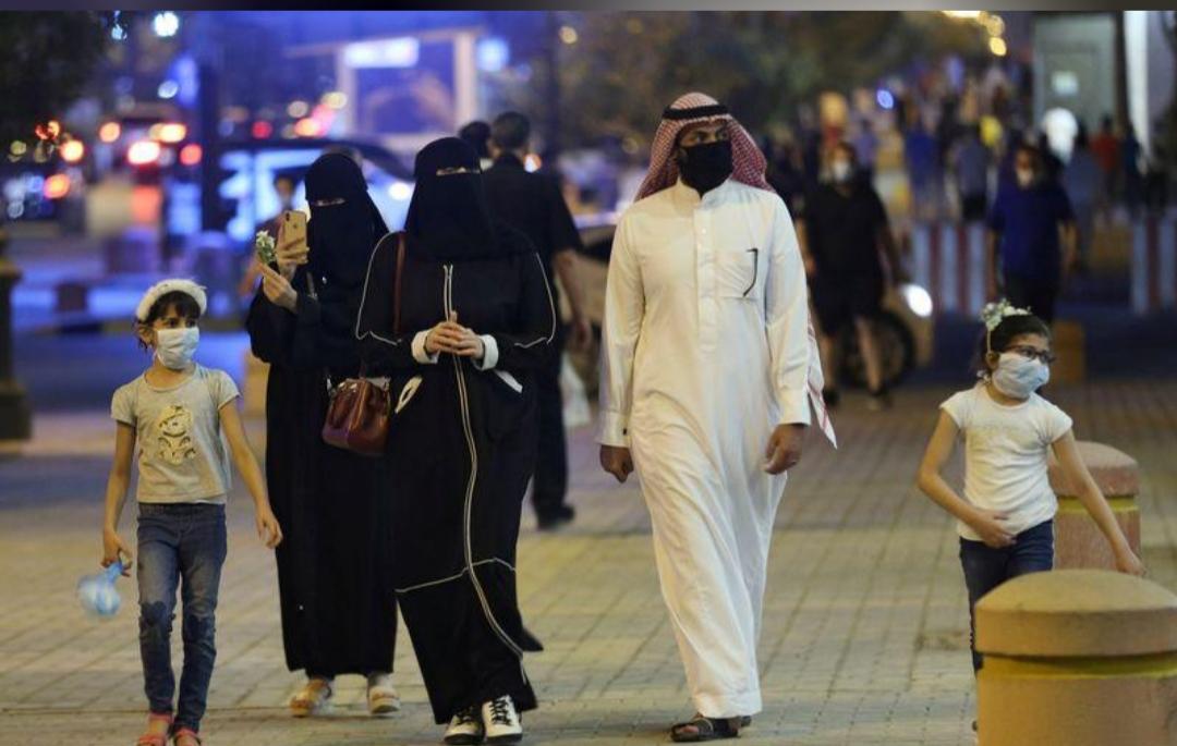 """بعد حظر تجول 3 أشهر.. """"الحياة رجعت"""" في السعودية"""