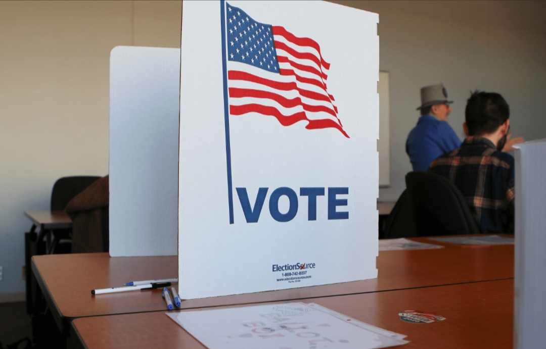 """""""نيويورك تايمز"""": من هم الناخبون الرئيسيون الذين يتحولون ضد ترامب؟"""