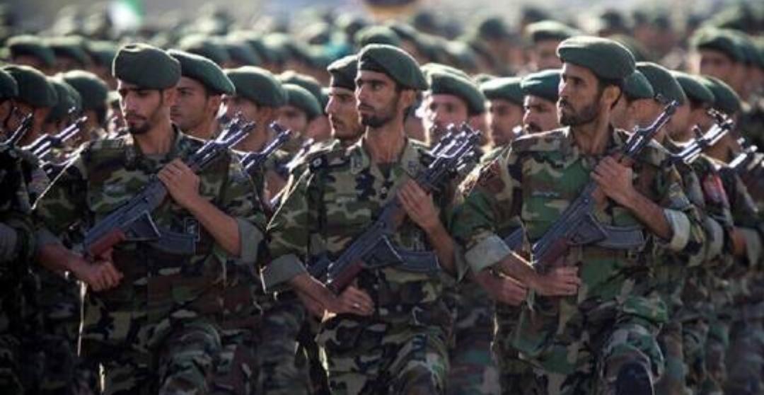 هجوم يستهدف مركبات للحرس الثوري وإصابة ضابط في إيران