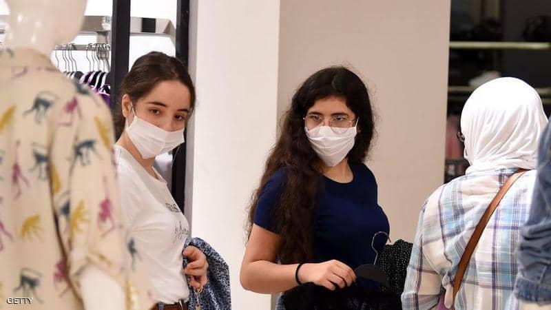 تونس تنهي حظر التجول المفروض لاحتواء فيروس كورونا