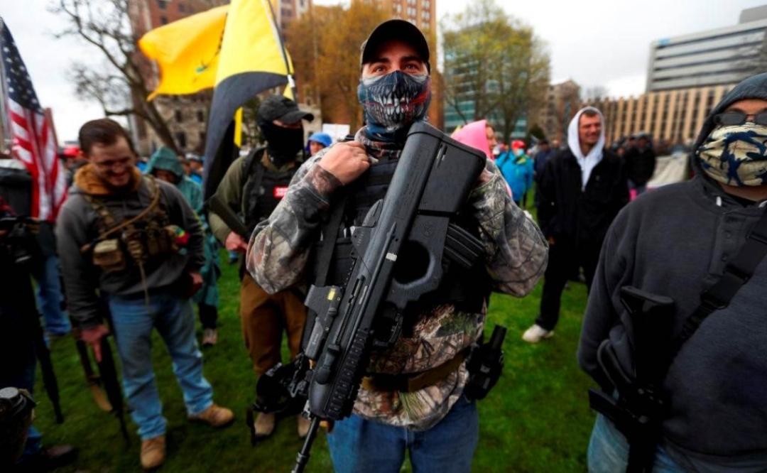 """""""واشنطن بوست"""": الميليشيات المسلحة تدخل السياسة في الولايات المتحدة"""