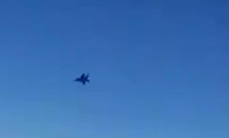مقاتلتان أميركيتان تقتربان من طائرة ركاب إيرانية في المجال السوري