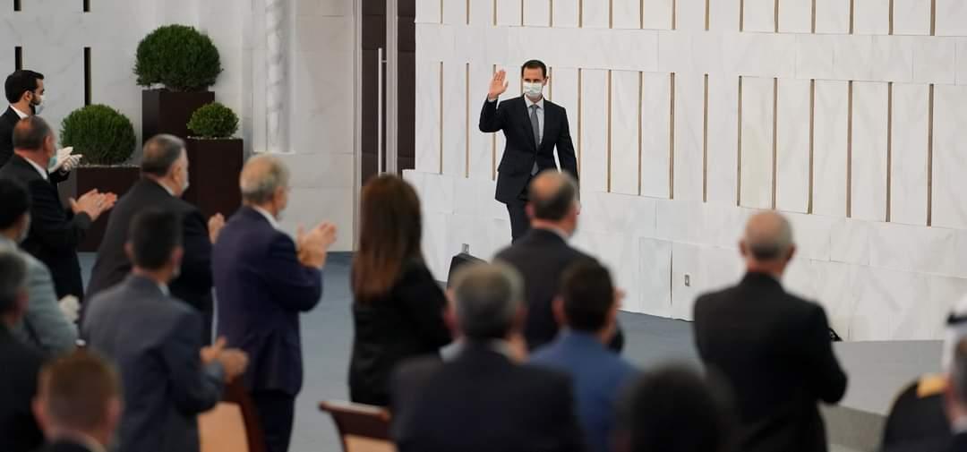 """الأسد يقول العقوبات الأمريكية الجديدة جزء من مسعى """"لخنق"""" السوريين"""