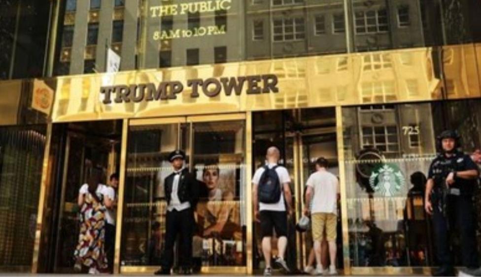 """""""نيويورك تايمز"""": ترامب يتهرب من دفع الضرائب وغارق في ديون بقيمة 421 مليون دولار"""