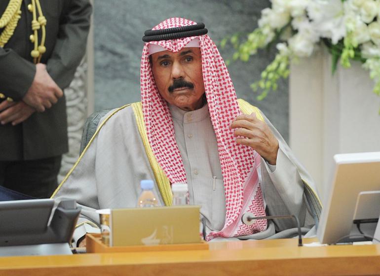 وكالة: أمير الكويت يعبر عن سعادته بالإنجاز الذي تحقق لحل النزاع الخليجي