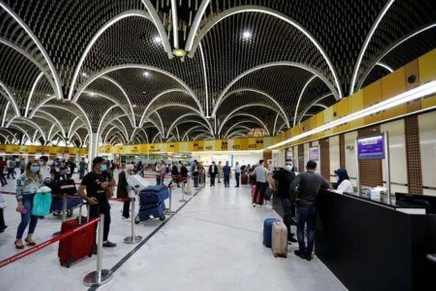 العراق يوقف الرحلات الجوية مع ثماني دول بسبب كورونا