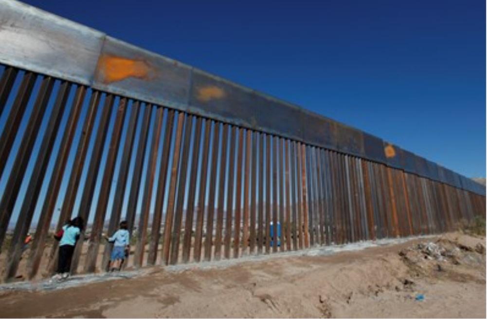 """""""واشنطن بوست"""": هل ينجح بايدن في تجنب قدوم موجة جديدة من المهاجرين؟"""