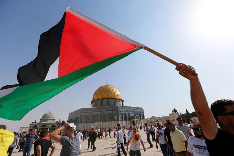 """معاريف: قائد الجناح العسكري لـ""""حماس"""" محمد ضيف يتوعد إسرائيل بدفع ثمن باهظ"""