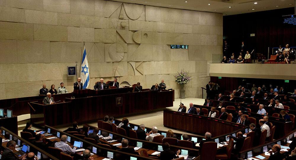 """""""هآرتس"""": أيها اليهود، صوتوا للقائمة العربية"""