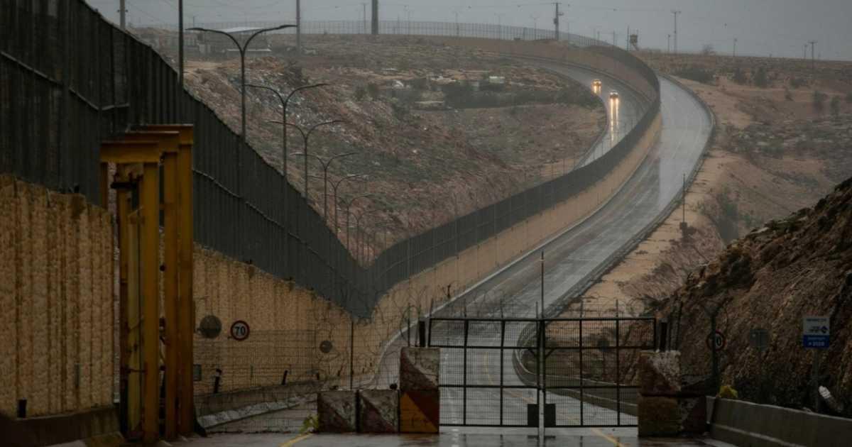أبرتهايد،الآن بمساعدة الفلسطينيين أيضاً
