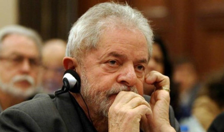 """""""السياسية الخارجية"""" الإسبانية: عندما يتحرك لولا يهتز المشهد السياسي البرازيلي"""