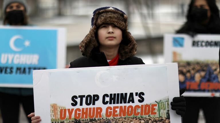 الولايات المتحدة وكندا تفرضان عقوبات على الصين بسبب الأيغور