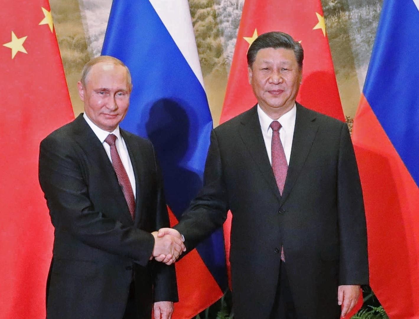 """""""ناشونال انترست"""": العلاقات الصينية الروسية تحمل بوادر تحالف عسكري"""