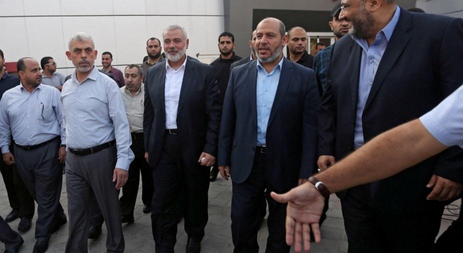 """الجيش الإسرائيلي يعلن استهداف منزل رئيس المكتب السياسي لـ""""حماس"""" في غزة"""