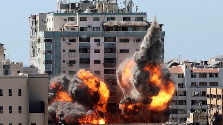 """""""أسوشييتد برس"""" تدعو إلى تحقيق مستقل بشأن قصف مكتبها في غزة"""