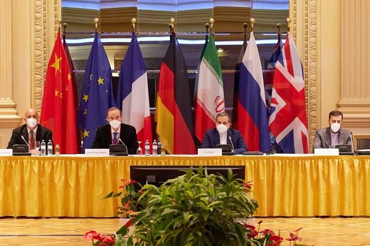 """""""ذا ناشونال انترست"""": إيران لن تتغير حتى بعد العودة للاتفاق النووي"""