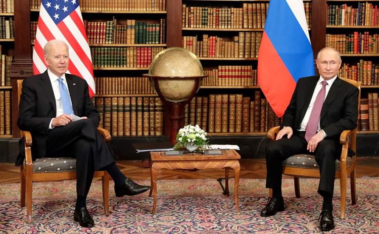 """""""نيويورك تايمز"""": بايدن متفائل تجاه روسيا وحقق هدفين في رحلته الأوروبية"""