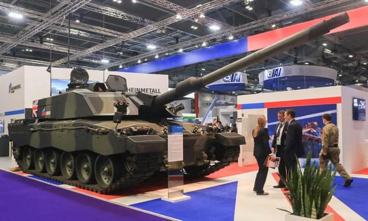 """""""الغارديان"""": بريطانيا باعت أسلحة بنحو 24 مليار دولار لدول تنتهك حقوق الإنسان"""