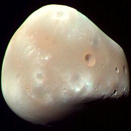 القمر ديموس